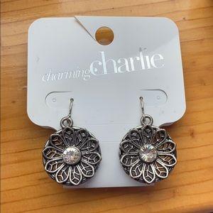 NWT Flower Dangle Earrings